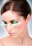 Ресницы светло-зеленые перья